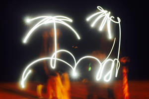 [Flashlight Art] Palm tree + Sun by Jacklin213