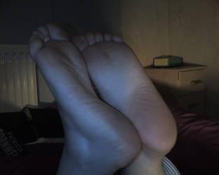 girlfriends feet 3 by Newmster