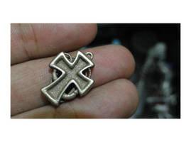 Steampunk Cross by chaitanyak