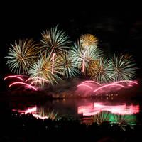 Fireworks by littleteardrop