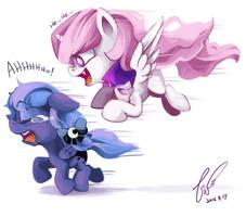 run Luna! RUUUNNN!!! by erica693992