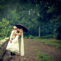 Rainy wedding by Letyi
