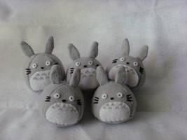 Totoro (x5) by MelloMelodix