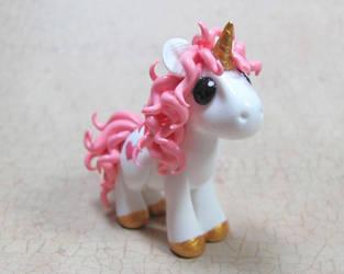 Valentine Unicorn by DragonsAndBeasties