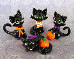 Halloween Kitties by DragonsAndBeasties