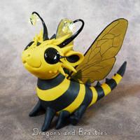 Sculptober: Bug by DragonsAndBeasties