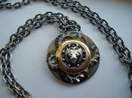 The Clockwork King Pendant by Sercive