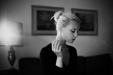 Lady Smoke by aseptyczny