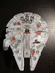 Millennium falcon - Bandai Model 1/144 (3) by Drazeree