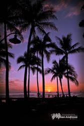 Sunset on Waikiki by andmil