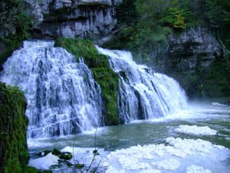 Waterfall by MrTinyx