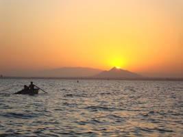 Sunset boat by MariuszMz