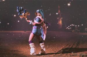 Crystal Maiden by kirurupower
