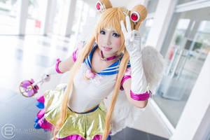 La Moon - Eternal Sailor Moon by MonicaWos