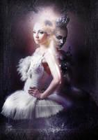 Black swan by Fleurine-Retore