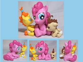 Pinkie Pie Babysitting by CadmiumCrab