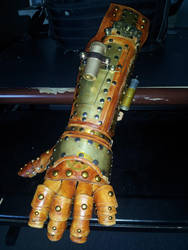 Steampunk Gauntlet by deadlanceSteamworks