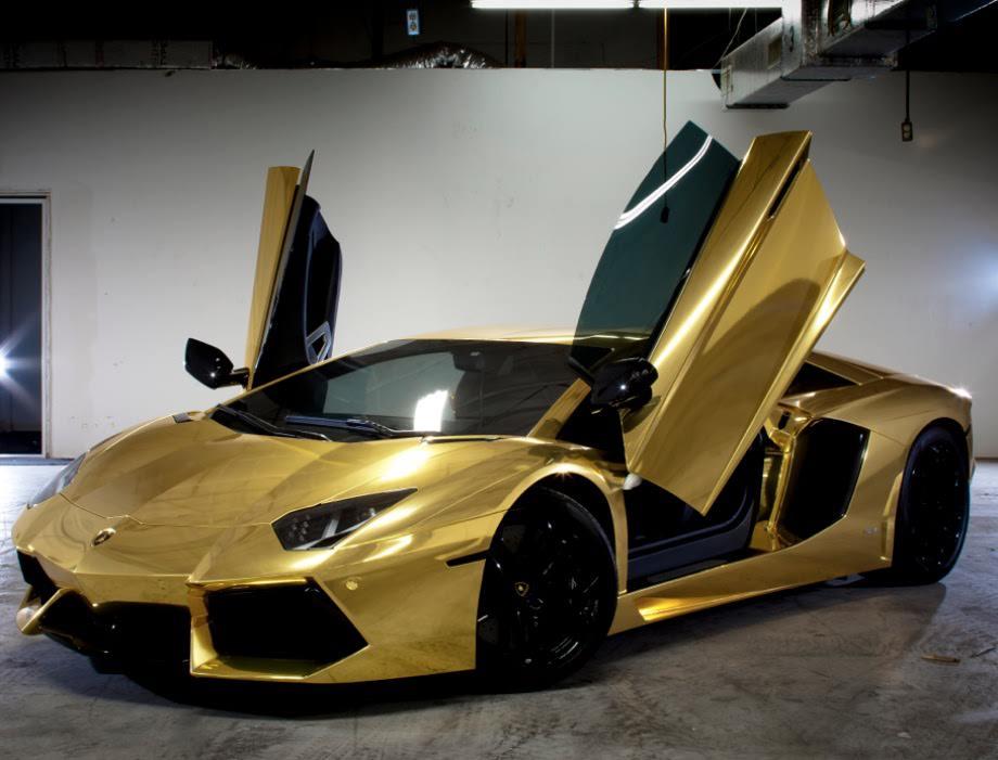 Golden Lamborghini Aventador in Miami by ROGUE-RATTLESNAKE