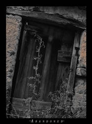 Photo - Abandoned by smsccr
