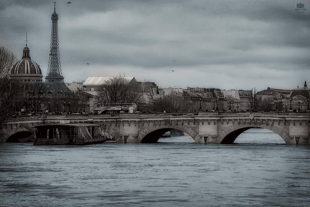 Paris 2 by jenyvess