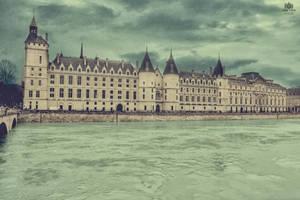Paris24 by jenyvess