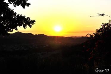 Valley Sunset by Ryan-TheGrav-Berry