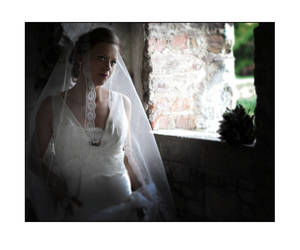 Low light Bride by PicTd