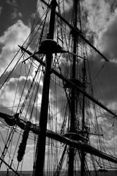 Mast and sky by fazerT