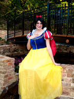 Snow White by Hikari-Cosplay