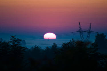 Sunrise by oktis