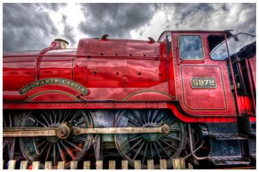 Hogwarts Castle Locomotive by GaryTaffinder