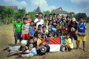 aku anak indonesia by fajarpanjiardi
