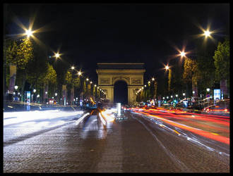 Champs-Elysees by Night by waflar