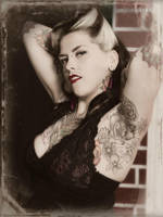 Pin-up Queen by PascalsPhotography