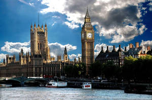 London Calling by Lanzie