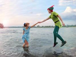 Help me, Peter! - Wendy Cosplay by Eressea-sama