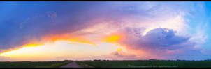 Sundown Updraft - Panorama by FramedByNature