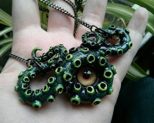 beholder necklace by xtheungodx
