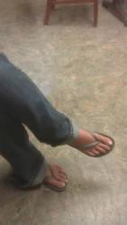 Justine's feet by schizoknight12
