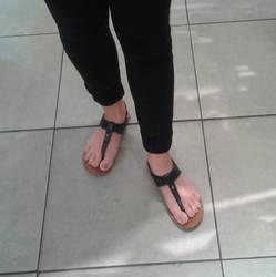 Shelby's feet by schizoknight12