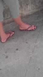 Sara's beautiful feet by schizoknight12