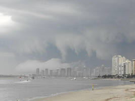 storm over surfers paradise by deano-m