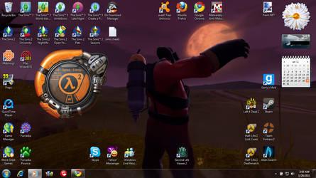 Pyro desktop by noodley