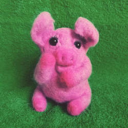 Piggy by Nianes
