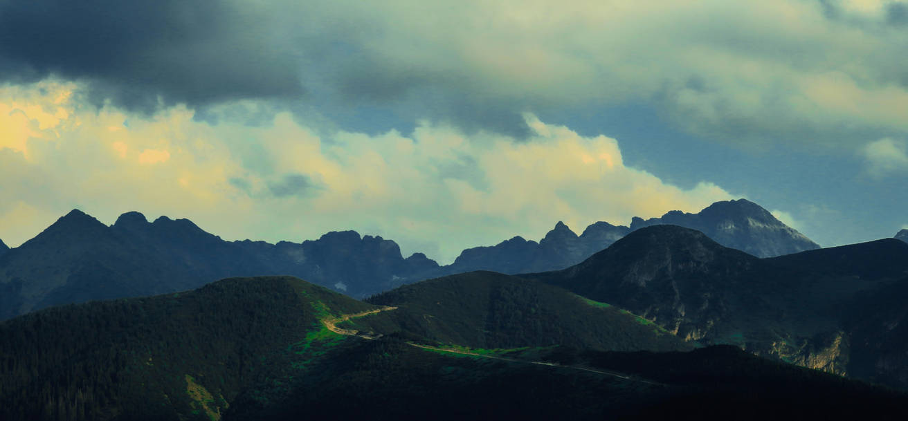 385.Orla Perc. Eagle's Path by 05olenka03