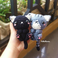 [FREE SHIPPING] Kitty Cat Keycharm Amigurumi by NVkatherine