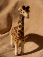 Giraffe again.. by feltAliza
