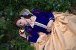 Snow White II by SomniumDantis