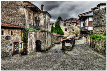 Santillana del Mar V by kiebitz