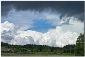 Unsettled Weather by kiebitz